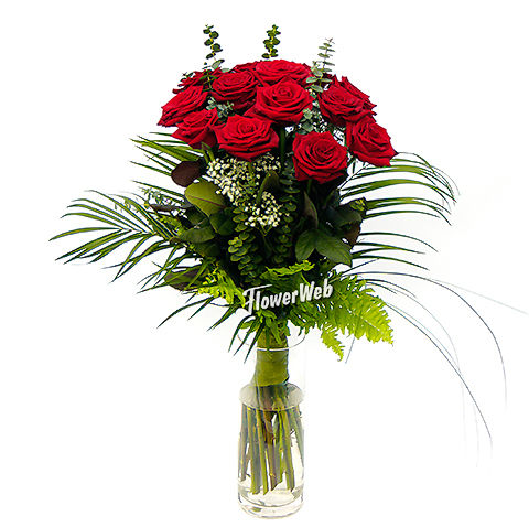 Dozen roses for 12 dozen roses at your door